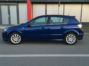 Opel Astra Rent Car Cluj-w300-h300