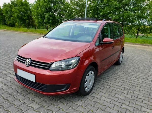 Volkswagen Touran 2.0 TDI 2014 Automat 7 locuri Rent a car Cluj