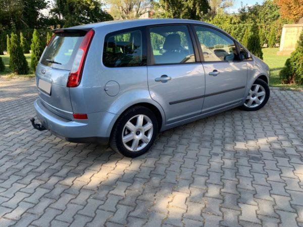 ford-focus-rent-a-car-cluj-02