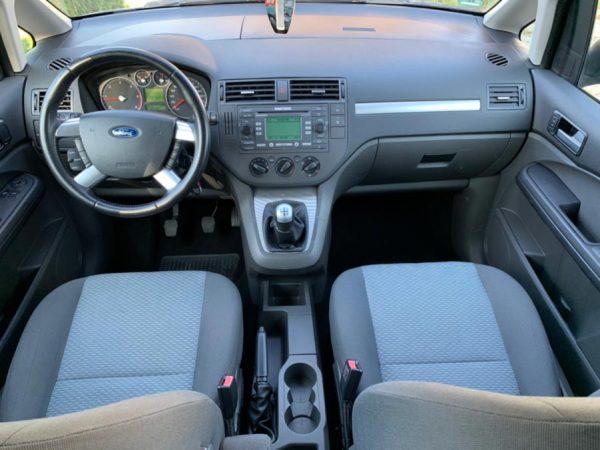 ford-focus-rent-a-car-cluj-05
