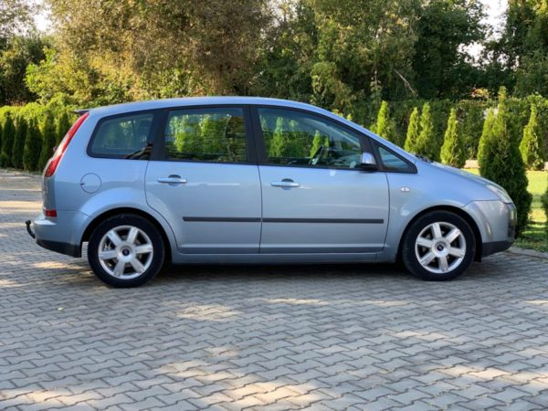 ford-focus-rent-a-car-cluj-06