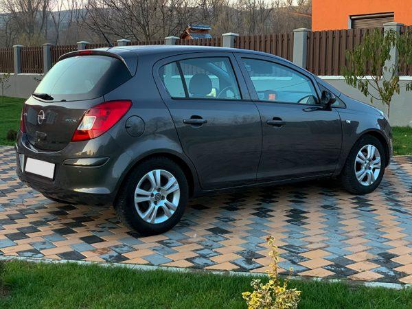 rent-a-car-cluj-ieftin-corsa-01