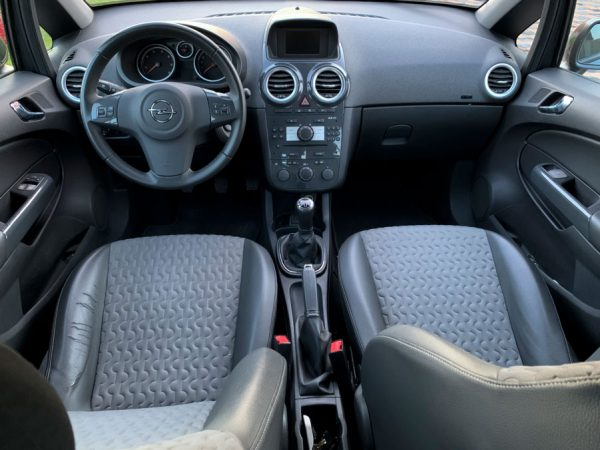 rent-a-car-cluj-ieftin-corsa-04