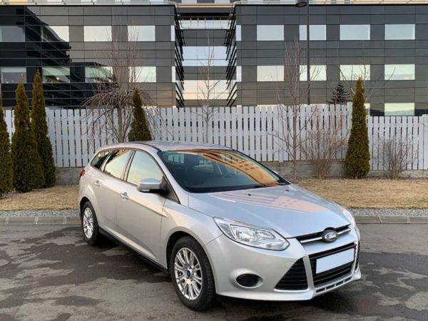 Inchirieri masini Cluj Ford Focus 1.6